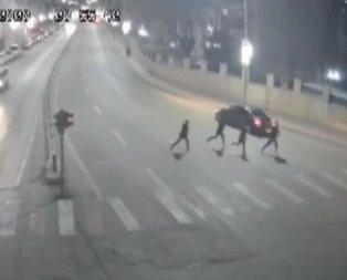 Çöken binadan böyle kaçtılar!