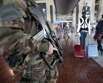 Fransa'da Nice Havalimanı boşaltılıyor!