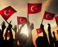 29 Ekim Cumhuriyet Bayramı şiirleri! 2 kıtalık, 3 kıtalık, 4 kıtalık anlamlı şiirler