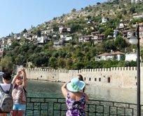 Türkiye tatilciye 'güven' aşıladı