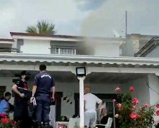 Edremit eski belediye başkanı Ahmet Öner'in evine yıldırım düştü