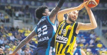 Fenerbahçe seride öne geçti! Fenerbahçe Beko 82-72 Türk Telekom