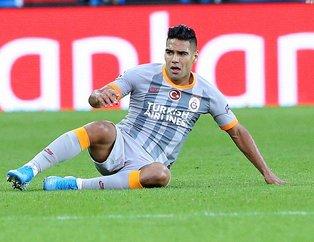 Galatasaray'ın Kolombiyalı yıldızı Falcao, oynamadan para basıyor! 1 aydır forma giymiyor maaşını tıkır tıkır alıyor