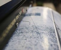 Yunanistan'da deprem! İzmir'de de hissedildi
