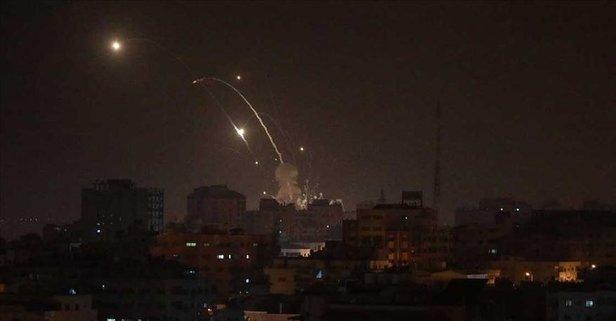 İsrail hava saldırısıyla Gazze'yi vurdu