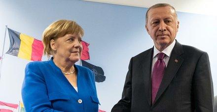 Başkan Erdoğan ile Angela Merkel arasında kritik görüşme