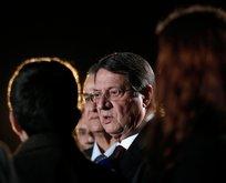 Güney Kıbrıs'ta skandal! Anastasiadis ifade verdi