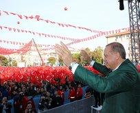Erdoğan, Soma'daki madenci ailelerine evlerini teslim etti
