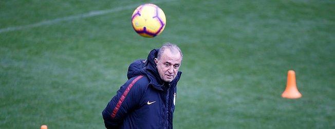 Fatih Terim Galatasaray'ın yeni 11'ini belirledi