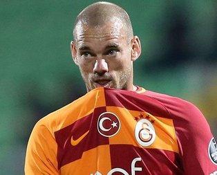 Sneijder: Her an geri dönebilirim