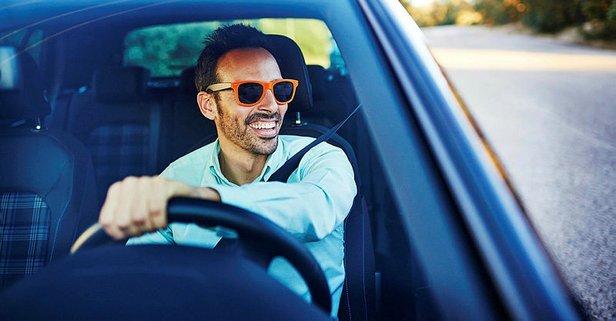 Rüyada Araba Sürdüğünü Görmek Ne Anlama Gelir