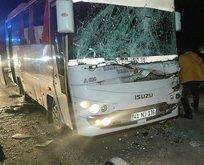 Kocaeli'de tırla özel halk otobüsü çarpıştı