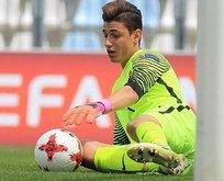Fenerbahçe genç kaleciye kancayı taktı