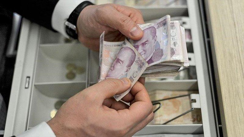 Milyonlarca emekliyi heyecanlandıran haber geldi!  Emekliye Mayıs ödemesi bin 102 veya bin 107 lira olacak