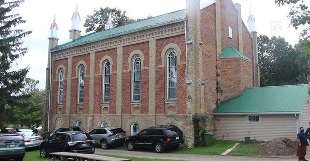 Uygur Türkleri Kanada'da kilise satın alıp camiye çevirdi