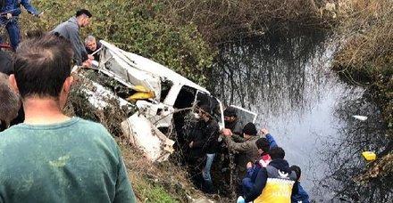 Son dakika: Karabük'te facia! Otomobil dereye uçtu: 4 ölü, 1 yaralı!