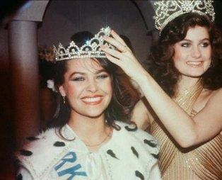 Hülya Avşar'ın inanılmaz skandalı! Bu yüzden tacı elinden alınmıştı! 1983 yılında çekilen o fotoğraf...