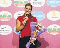 Buse Tosun Avrupa Şampiyonu oldu