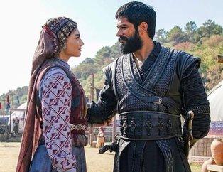 Kuruluş Osman'ın 'Bala Hatun'u Özge Törer'in kardeşini görenler şaşırıyor! İki kardeş ancak bu kadar benzemez...