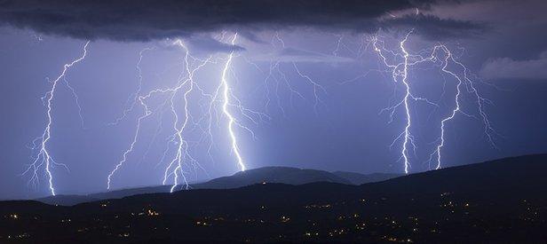 Meteoroloji'den son dakika kuvvetli yağış ve kuvvetli rüzgar uyarısı! 7 Ekim 2019 hava durumu