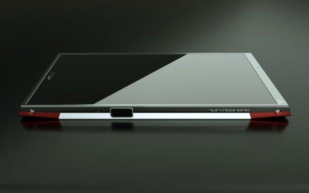 Çelikten bile sağlam telefon