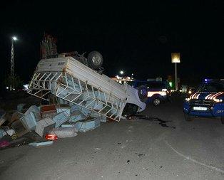 Arı kovanı yüklü kamyon TIR'la çarpıştı