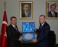 Erdoğan, Zeytinburnu Belediyesi'ni ziyaret etti