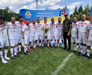 TBMM Futbol Takımı Parlamenterler Futbol Turnuvası'nda şampiyon oldu