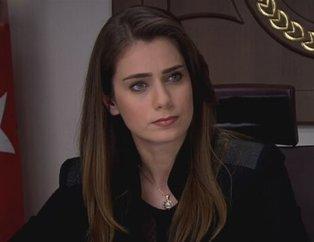 Kurtlar Vadisi Pusu'da 'Savcı Leyla' karakterini canlandırıyordu! Çiğdem Batur'un o fotoğrafı olay oldu...