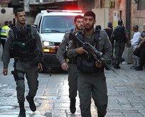 İsrail polisi Filistinli bir genci yaraladı