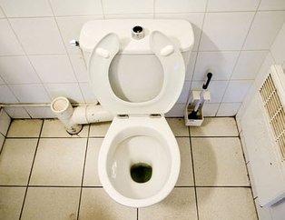 Saatlerce tuvalete gidemeyince hayatını kaybetti! Eşi benzeri görülmeyen ölüm...