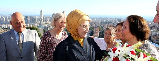Emine Erdoğandan huzurevi ziyareti