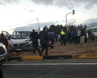 İzmir'de TIR minibüse çarptı! Yaralılar var