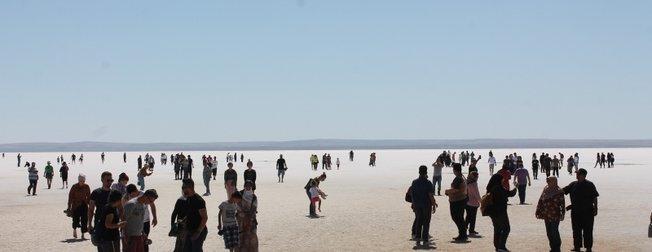 Tatilciler dönüş yolunda oraya akın etti