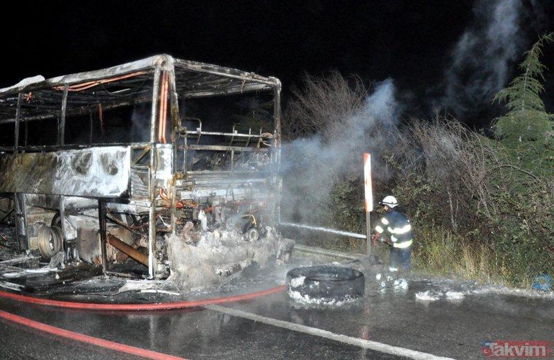 Eskişehirde seyir halindeki yolcu otobüsü yandı