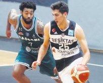 Beşiktaş Sompo Japan Sassari'nin 100'ünü kızarttı