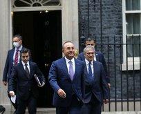 Çavuşoğlu, İngiltere Başbakanı Johnson'la görüştü