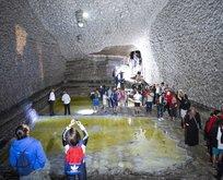 Iğdır'daki Tuz Dağı turistlerin yeni adresi oldu
