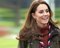 Kate Middleton eskiye döndü! Yine yaptı yapacağını