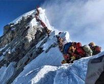 Everest'te 11 kişi öldü!