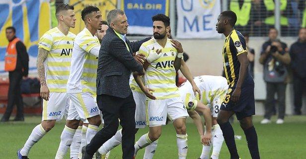 Derbi öncesi Fenerbahçe'ye şok!