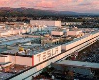 ABD'deki Tesla fabrikasında koronavirüs şoku