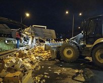 Sakarya'da feci kaza! Hepsi yola saçıldı