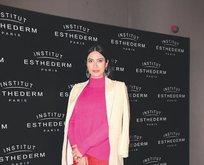 Gamze Karaman Keçeli, Institut Esthederm'in yeni serisi için özel davetteydi