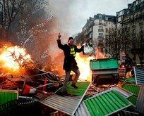 Fransa'da emekli aylığı protestosu!