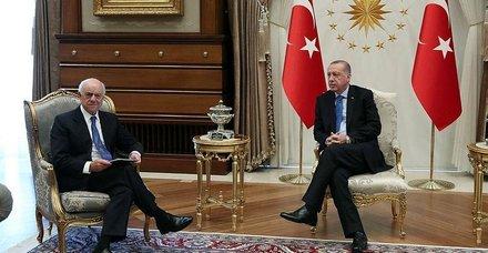 Başkan Recep Tayyip Erdoğan BBVA Yönetim Kurulu Başkanı'nı kabul etti