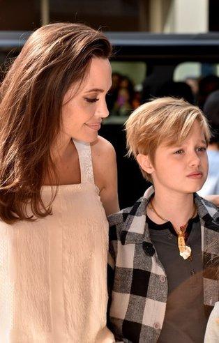 Angelina Jolie çocuklarıyla 'The Breadwinner' prömiyerinde