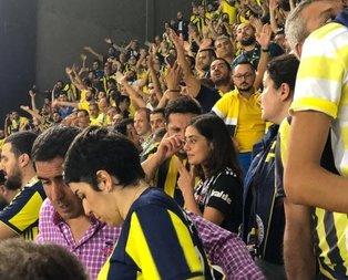 Beşiktaşlı taraftar Fenerbahçe tribününde