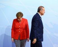 Seçim bitti Merkel geri vites yaptı