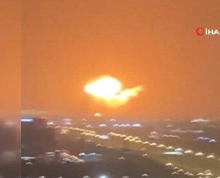 Son dakika: Dubai'deki Cebel Ali Limanı'nda büyük bir patlama meydana geldi